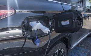 El Gobierno dará 5.000 euros para comprar un coche eléctrico