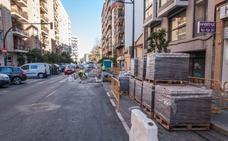 Bloqueo en la avenida Constitución de Valencia