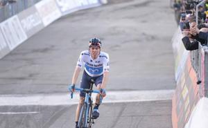UCI sanciona a Rosón con cuatro años y Movistar le rescinde contrato