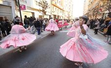 El carnaval llena de fiesta y color Ruzafa