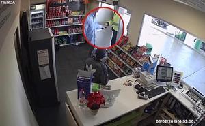 Un guardia civil fuera de servicio evita un atraco en una gasolinera de Massanassa