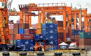 Las exportaciones españolas crecen por debajo de la eurozona por primera vez desde 2006
