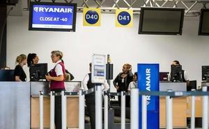 Italia multa a Ryanair y a Wizz Air por «engañar» con el cobro de la maleta de mano
