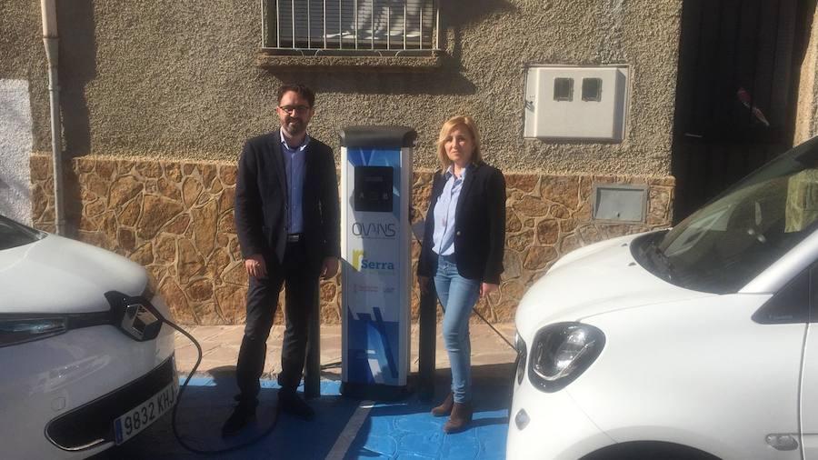 Serra instala el primer punto de recarga eléctrica de vehículos en la Sierra Calderona