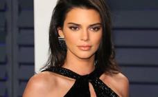 Kendall Jenner y su atrevido vestido en la fiesta post-Oscar