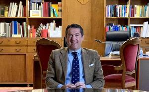 Juan Valero de Palma: «A los hijos hay que exigirles porque los niños maleducados son insoportables»