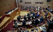 Les Corts ratifican la reforma del Estatuto con la abstención de Ciudadanos