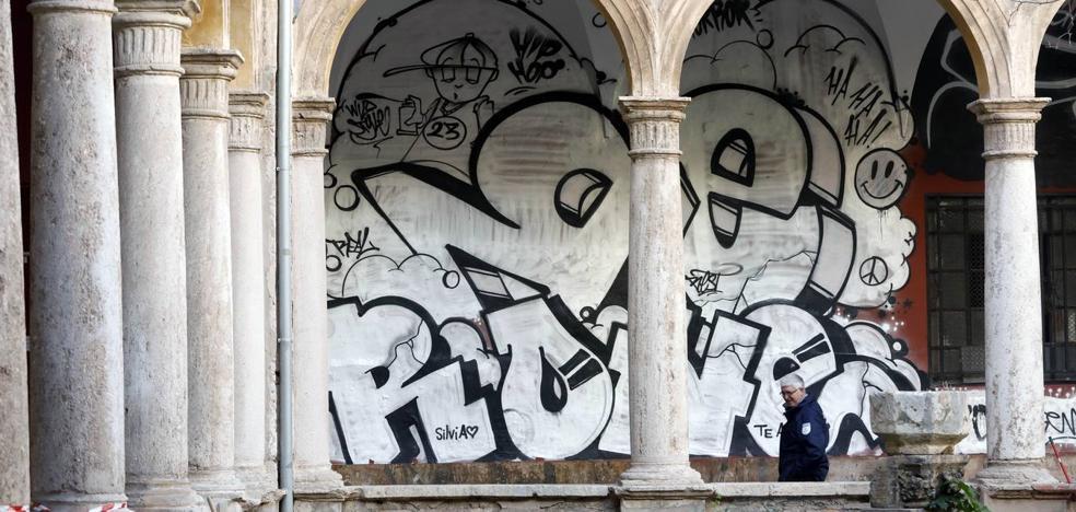 Expertos consideran que el grafiti del Centro del Carmen bordea la Ley de Patrimonio