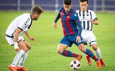 El Atlético Levante se lleva un punto de fe en Castellón