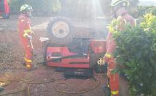Fallece el tercer hombre en cuatro días al volcar el tractor en el que circulaba