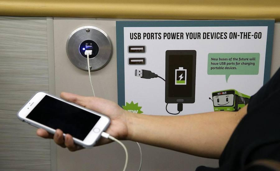 ¿Cómo cargar el móvil en un lugar público de forma segura?