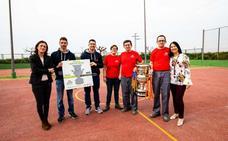 El Proyecto FER exhibe la Copa Stadium