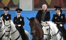 Putin se blinda de las críticas con una ley que castiga las ofensas al poder por internet