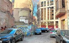 Grezzi agota el mandato sin convertir ocho solares en aparcamientos