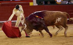 Pablo Aguado hace el toreo de primor