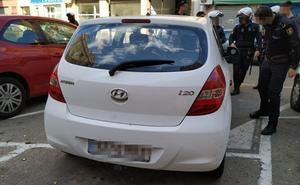 Un conductor sin carnet y que triplicaba la tasa de alcohol arrolla a dos policías GOES de paisano y se da a la fuga en Valencia