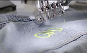 Zara grabará gratis tu nombre en su ropa