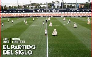 Las falleras y el Valencia juegan el partido del siglo