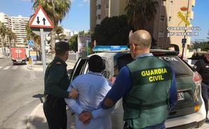 La Guardia Civil detiene en Calpe a un matrimonio especializado en el hurto a ancianos
