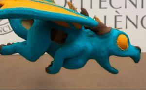 Un dragón hecho de cáscara y paja de arroz culmina la falla infantil municipal con el sello de la UPV