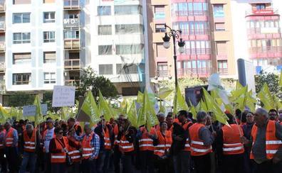 Bruselas culpa de la caída de precios de los cítricos a la producción y no a las importaciones