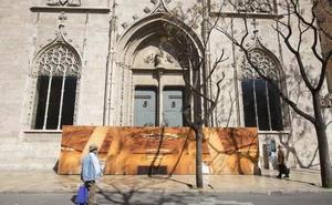 Los vecinos denuncian ante la Unesco el botellón que degrada la Lonja