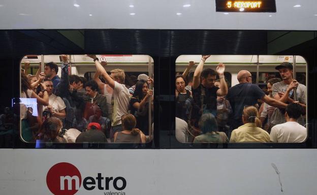 Horarios del metro en Fallas 2019 para castillos, Ofrenda, mascletà... en Valencia