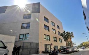 El juez encarcela a la madre de los niños asesinados en Valencia