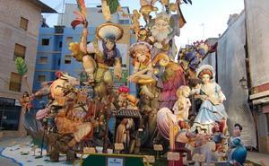 La falla El Mercat gana el monumento grande y Camí Nou el infantil en Alzira