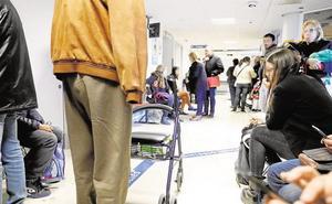 Masificación en Urgencias y listas de espera, principales quejas sanitarias