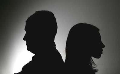 Una juez catalán permite convivir con otra pareja tras el divorcio en la vivienda familiar