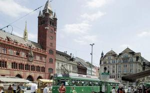 Detenida una septuagenaria en Suiza por la muerte de un niño de 7 años a puñaladas