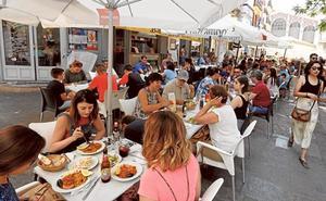 El sector hotelero se opone a la tasa turística que propone el PSPV