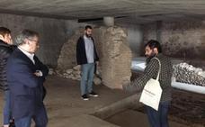 Gandia saca a la luz el puente medieval que unía el Raval con la villa sobre el foso de la muralla