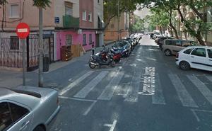 Un policía fuera de servicio frustra un robo con violencia en Valencia tras forcejear con el atracador