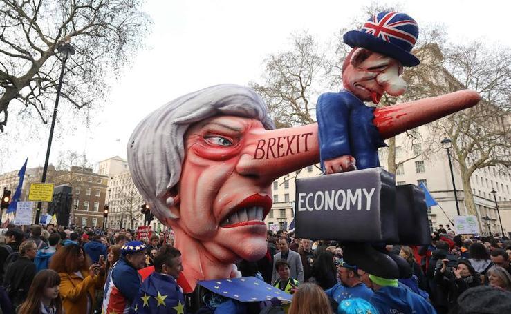 Los británicos salen a las calles para exigir un segundo referéndum