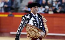 Enrique Ponce: «Volveré a torear con más fuerza, me quedan unos añitos buenos»