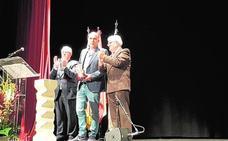 El escritor Josep Vicent Escartí gana el Premi Enric Valor de Novel·la 2018