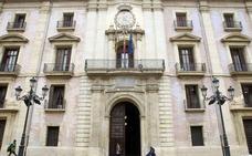Tres condenados a nueve años de cárcel por abusar de una mujer en un descampado cercano a una discoteca de Valencia