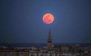 Cómo se calcula la Semana Santa y por qué cada año cambia de fechas: la Luna tiene la culpa