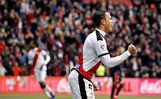 La mano salvadora de Neto evita otro gol de De Tomás