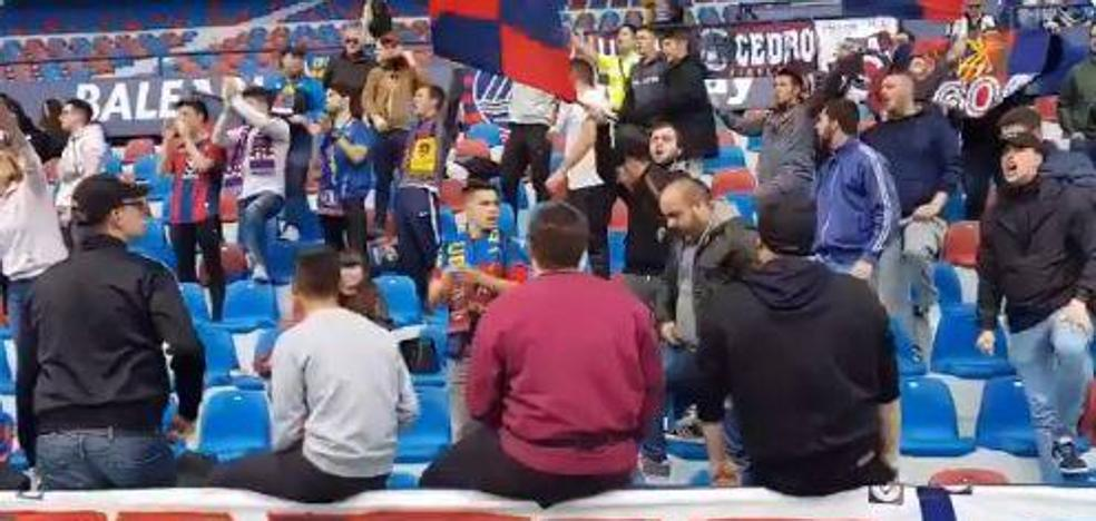 500 hinchas se vuelcan con el Levante UD en el entrenamiento