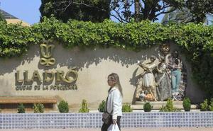 Lladró recibe más solicitudes de prejubilación que los 81 despidos previstos en el ERE