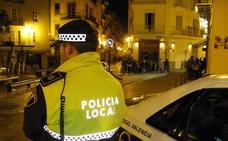 Agreden con una maza y rocían con un extintor a un hombre al intentar asaltar su casa en el centro de Valencia