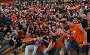 LAS PROVINCIAS celebra con la afición del Valencia Basket su participación en la final de la Eurocup
