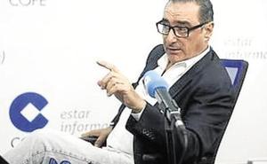 Carlos Herrera, el comunicador con más oyentes de la radio