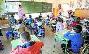 El Gobierno reprocha a Marzà que invada competencias al contratar a profesores