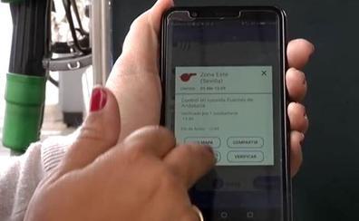 DGT: Estas acciones con el móvil en la carretera te meterán en un problema