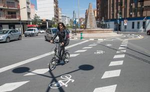 Queda abierto uno de los carriles bici más polémicos de Valencia