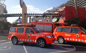 Evacuado por incendio un restaurante en un centro comercial de Valencia